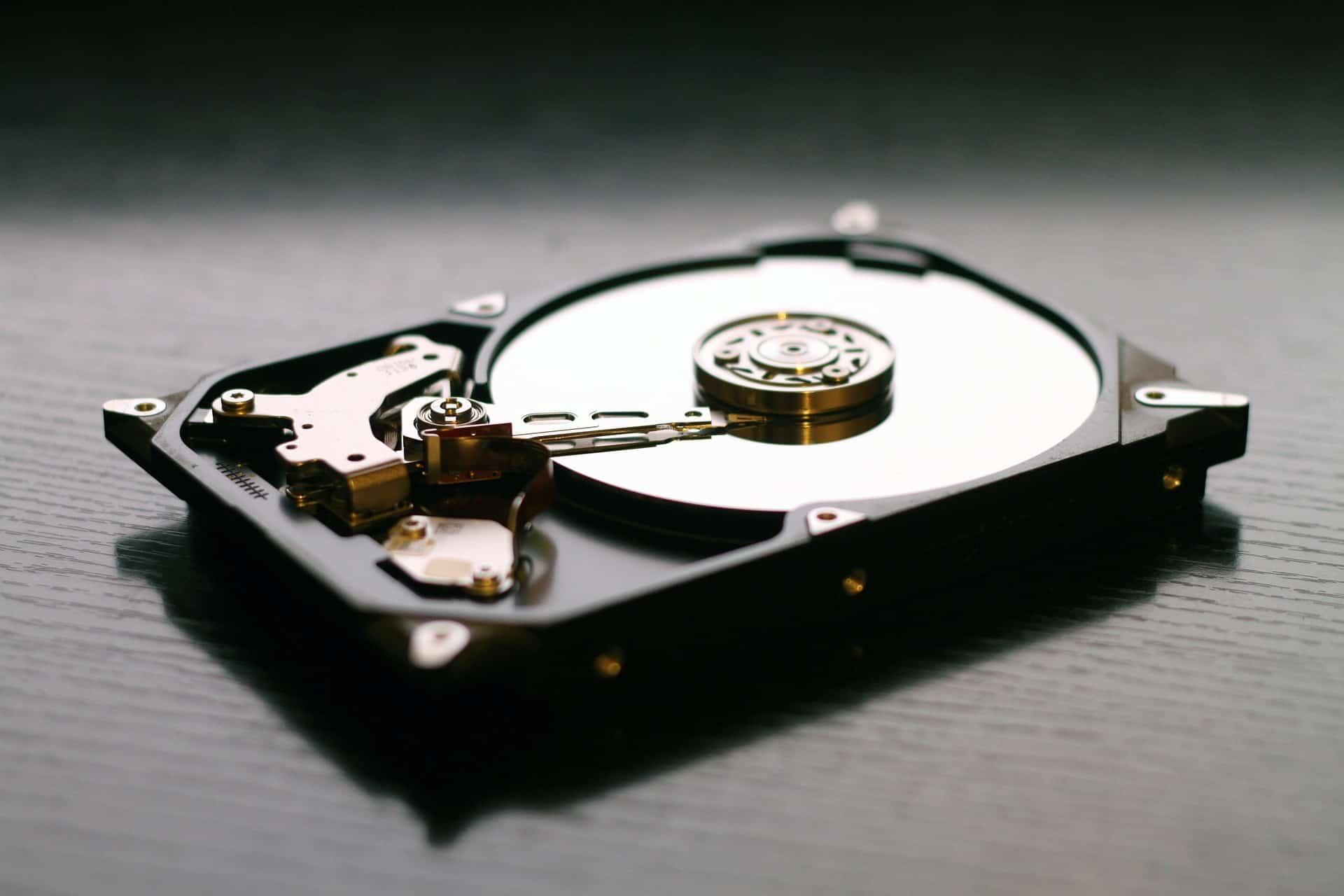 ¿Cómo funciona un disco duro? 3