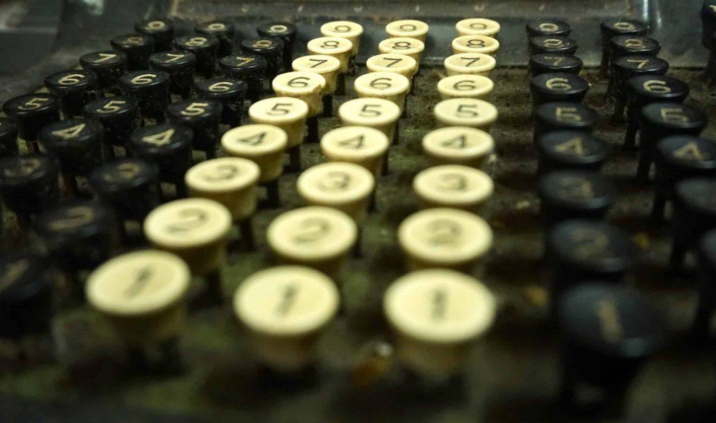 En mayo 31 comienza el proyecto ENIAC, lo que derivaría en lo que entendemos como computadora