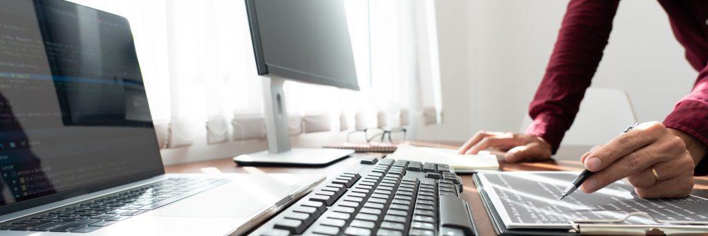 ¿es mejor reparar desktop o laptop?